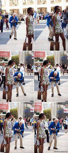 Bill Cunningham Shooting New York Fashion Week Street Style