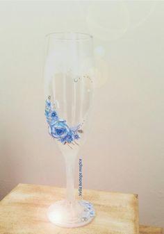Calice per brindisi sposi completamente decorato a mano senza l'uso di stampi
