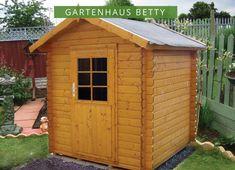 Klein, aber fein. Das Gartenhaus Betty weist dennoch eine große Menge Stauraum auf - ideal für den Gartentisch und -stühle. Shed, Home And Garden, Outdoor Structures, House, Closet Storage, Home, Homes, Barns, Sheds