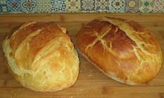 Chleba naszego: Chleb z chrupiącą skórką My Favorite Food, Favorite Recipes, Bread Ingredients, Kalamata Olives, White Bread, Artisan Bread, How To Make Bread, Food Print, Food And Drink