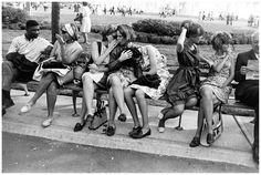 http://pleasurephoto.files.wordpress.com/2012/10/garry-winogrand-american-worlds-fair-new-york-city-1964.jpg