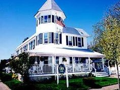 Wall (NJ) The Inn At The Shore Bed And Breakfast United States, North America The 2-star The Inn At The Shore Bed And Breakfast offers comfort and convenience whether you're on business or holiday in Wall (NJ). The hotel offers a high standard of service and amenities to suit the individual needs of all travelers. Service-minded staff will welcome and guide you at the The Inn At The Shore Bed And Breakfast. Each guestroom is elegantly furnished and equipped with handy amenitie...