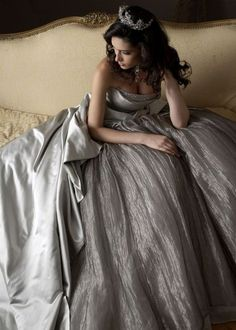 Beyond Gorgeous silver wedding gown. Maybe not the tiara but a beautiful silver edged veil will do. Pink Wedding Dresses, Wedding Gowns, Wedding Bride, Wedding Ideas, Vestidos Color Plata, Boho Vintage, Vintage Silver, My Princess, Fantasy Princess