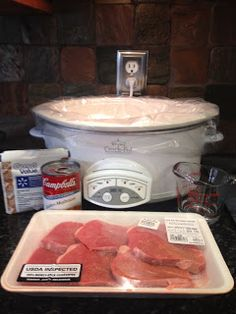Brandi's Blog: Tasty Tuesday: Crockpot Round Steak with Rich Gravy
