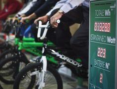 Energiadi, l'elettricità a colpi di pedale - Energie Sensibili | Magazine Sorgenia http://www.energiesensibili.it/numero-80/sviluppo-sensibile1/energiadi-lelettricit-a-colpi-di-pedale #ecopensiero