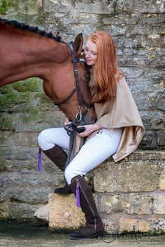 A horse is a girl's best friend! Countryside Fashion, Country Fashion, Fairfax And Favor, Equestrian Chic, Most Beautiful Horses, Horse Fashion, Piercings, Cute Horses, Girls Rules