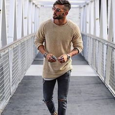 Work Casual, Men Casual, Casual Wear, Long Sleeve Sweater, Men Sweater, Trendy Mens Fashion, Style Fashion, Fashion Trends, Teenager Outfits
