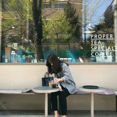 New photography women models girls Ideas Ulzzang Korean Girl, Ulzzang Couple, Korean Aesthetic, Aesthetic Girl, Girl Photo Poses, Girl Photos, Photography Poses Women, Uzzlang Girl, Ulzzang Fashion