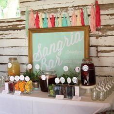 7 Essentials para uma barra do Sangria do verão seus convidados do casamento amarão