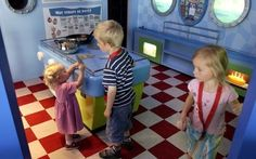 The Maritime Museum has hundreds of maritime objects on display, shows a movie about the history of the port of Rotterdam and gives you the possibility to visit a naval ship from 1868. Children enjoy an educational program with Professor Splash. #kids #Netherlands #Holland #Rotterdam