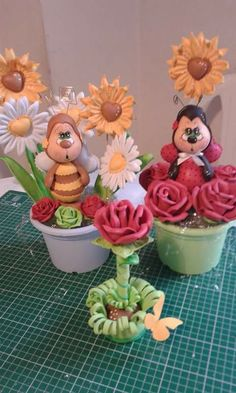 Www.drisolartes.com.br Clay Figurine, Sea Theme, Lalaloopsy, Foam Crafts, Spring Crafts, Make And Sell, Ladybug, Mousse, Decoration