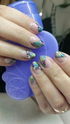 Multicoloured nails <3