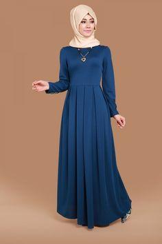 Muslim Dress, Hijab Dress, Islamic Fashion, Muslim Fashion, Lovely Dresses, Simple Dresses, Abaya Fashion, Fashion Dresses, Kurta Neck Design