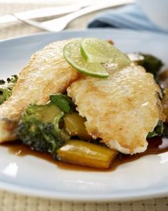 Made with plant based butter Nuttelex. Choose a firm fleshed fish for this dish like Trevally, Snapper or Warehou. The sweet and sour combination is subtle and uses capsicum rather than pineapple. White Wine Vinegar, Broccoli Florets, Tomato Paste, Fresh Ginger, Bite Size, Spinach, Plant Based, Pineapple, Butter