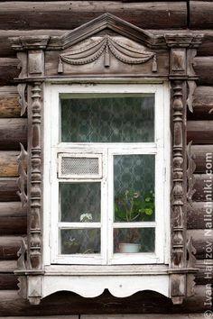 Томск, деревянный оконный наличник №27