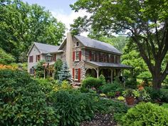 OMG!!  I am so in love with this historic stone farmhouse!!
