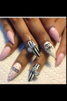 Stiletto nails <3