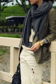 Zara Blazer, Boyfriend Jeans, Mango sweater, Isabel Marant boots, COS scarf, Michael Kors watch, Ray-Ban sunglasses and Marc by Marc Jacobs bag