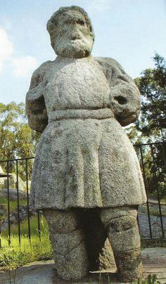 O Homem da Maça, Idade do Ferro, Granito. Santa Cruz do Bispo, Matosinhos.
