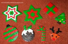 Beaded Christmas Decorations, Christmas Perler Beads, Christmas Crafts, Christmas Ornaments, Christmas Stars, Hama Beads Design, Hama Beads Patterns, Beading Patterns, Craft Projects For Kids