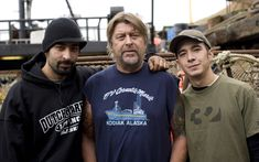 Captain Phil Harris of the Cornelia Marie on Deadliest Catch. :) Jake is my favorite. I would dress up as a crab so he could catch me ; Captain Phil Harris, Cornelia Marie, Jake And Josh, Deadliest Catch, Discovery Channel, Reality Tv, Best Tv, Movies Showing, Favorite Tv Shows