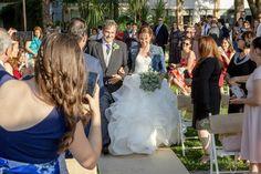 La llegada de la novia a la boda en Finca Gurugú #fotografosboda #bodasmadrid #fotografosmadrid #noviasmadrid #inbodas #reportajesboda Crown, Fashion, Boyfriends, Moda, Corona, Fashion Styles, Fashion Illustrations, Crowns, Crown Royal Bags