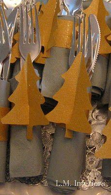 easy tree-shaped napkin rings #christmas #entertaining via http://lminteriorsllc.blogspot.com/2011/12/easy-tree-shaped-napkin-rings.html