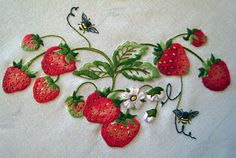 Strawberry Tablecloth 2019 clothing clothing labels clothing patches clothing wholesale flower clothing fly shirts shirts for ladies shirts sunshine coast style clothing tee shirts clothing Sommer Garten Hochzeits Kleider Flower Embroidery Designs, Creative Embroidery, Machine Embroidery Designs, Embroidery Patterns, Embroidery Needles, Crewel Embroidery, Ribbon Embroidery, Cloth Flowers, Brazilian Embroidery