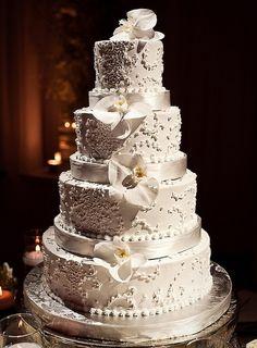 Wedding Cakes by modwedding, via Flickr #bolo #noiva