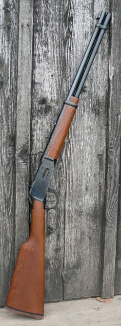 ADesign Winchester Lever Action Gun that won the west. Love this gun, a really fun lever action with history and a classic look. Weapons Guns, Airsoft Guns, Guns And Ammo, Zombie Weapons, Military Weapons, Winchester Lever Action, Lever Action Rifles, Fire Powers, Hunting Rifles