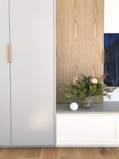 Buildings, extensions, renovations and interiors designed by Heartly are creative, confident, practical and beautiful. Door Detail, Joinery, Kitchen Interior, Room Inspiration, Tall Cabinet Storage, New Homes, Interior Design, Interior Ideas, Lounge