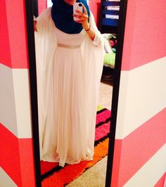 Fashion Tips For Work .Fashion Tips For Work Muslim Fashion, Hijab Fashion, Girl Fashion, Fashion Dresses, Fashion Tips, Hijabi Girl, Girl Hijab, Stylish Girls Photos, Stylish Girl Pic