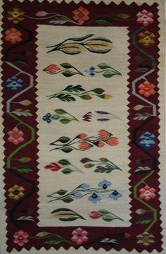 Romanian traditional rug Little Library, Traditional Rugs, Best Memories, Woven Rug, Fantasy Creatures, Folk Art, Pattern Design, Weaving, Textiles