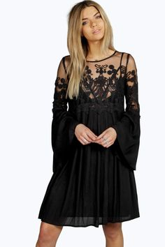 aebefb961124 25 Best Dresses images   Beautiful women, Black, Body con dress