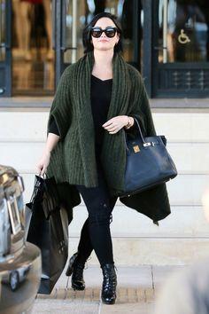 Demi Lovato shopping in Los Angeles - February 3, 2016