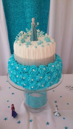 Zoely fiesta Frozen Themed Birthday Cake, Frozen Theme Cake, Frozen Themed Birthday Party, Disney Frozen Birthday, Frozen Birthday Cake, Frozen Party, Themed Cakes, 4th Birthday, Bolo Elsa