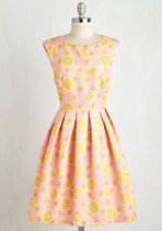 Get summer ready with our assortment of trendy summer outfits at ModCloth! Shop trendy clothing and summer clothes in the prints you love at ModCloth! Vestidos Vintage Retro, Retro Vintage Dresses, Vintage Mode, Retro Dress, Vintage Clothing, Vintage Outfits, Vintage Fashion, 1950s Fashion, Unique Dresses
