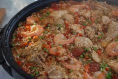 Spaanse paella met chorizo, kip en garnalen - Keuken♥Liefde