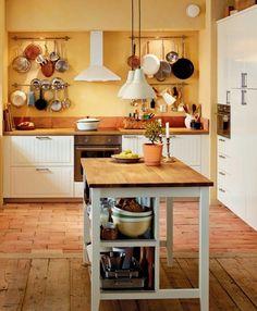 NUEVO CATÁLOGO IKEA 2015 | DESDE MY VENTANA me gusta la idea de los barrales para tener a mano los bártulos de la cocina!!!