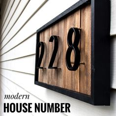Home Interior Velas DIY Modern House Number Sign with Wood Shims.Home Interior Velas DIY Modern House Number Sign with Wood Shims Door Numbers, Door Number Sign, House Number Signs, Porch Number, Number 0, Diy Holz, Curb Appeal, Home Remodeling, Diy Home Decor