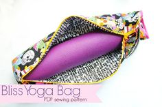 Devon Zipper Pouch pattern and video - Sew Modern Bags Sewing Basics, Sewing Hacks, Sewing Tutorials, Sewing Projects, Sewing Ideas, Yoga Bag Pattern, Pouch Pattern, Free Pattern, Bag Patterns To Sew