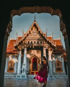 Bangkok: A Brilliant Place To Visit Approximate flying times: From New York: 17 hrs. Bangkok Thailand, Bangkok Itinerary, Bangkok Travel Guide, Visit Thailand, Travel Tours, Thailand Travel, Thailand Destinations, Places In Bangkok, Thailand Honeymoon
