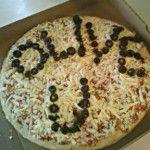 Olive You Valentine Pizza via funfamilycrafts.com #Valentines #Cute #Creative #Yum #Pizza #Love