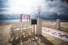 The beach ceremony you always dreamed of! #DreamsRivieraCancun
