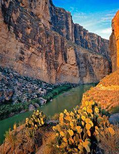 Santa Elena Canyon. Big Bend National Park, TX. photo: Richard Reynolds.