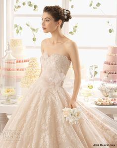 aire barcelona 2015 azuzena strapless champagne colored lace wedding dress close up