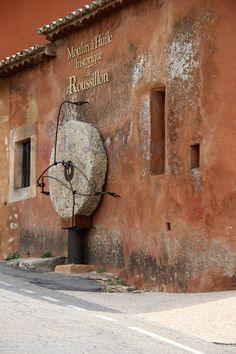Roussillon, Vaucluse ♠ Provence - coco de la plume