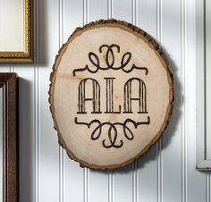 Learn woodburning - with this beautiful DIY monogram plaque!
