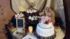 Camouflage Wedding, Love Cupcakes, Birthday Cake, Rustic, Desserts, Food, Birthday Cakes, Meal, Deserts