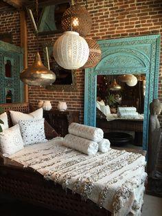 Moroccan interiors, modern moroccan, moroccan design, moroccan decor, m Moroccan Room, Moroccan Interiors, Moroccan Decor, Moroccan Lanterns, Modern Moroccan, Ethnic Bedroom, Build A Closet, Gypsy Decor, Deco Boheme